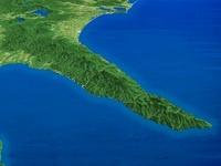根室海峡上空より知床半島を望む