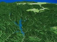 九頭竜湖上空から日本海を望む