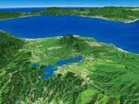 大沼と駒ヶ岳を望む