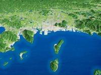 高松市街を瀬戸内海より望む