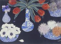 和風や中国風の花器に活けられた、さまざまな花 02640000071| 写真素材・ストックフォト・画像・イラスト素材|アマナイメージズ