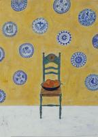 椅子に乗せられたオレンジとスペイン風の皿 02640000119| 写真素材・ストックフォト・画像・イラスト素材|アマナイメージズ
