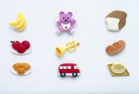 食べ物とおもちゃのペーパークラフト