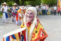 モレリア歴史地区 死者の日 伝統のマスクをかぶった踊り