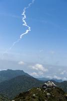 屋久島 黒味岳から観る種子島のロケット打ち上げ