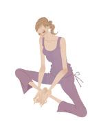 楽しそうにヨガをする女性 02674000082| 写真素材・ストックフォト・画像・イラスト素材|アマナイメージズ