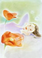オレンジの花と横になる女性