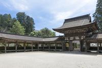 油日神社楼門と回廊・境内
