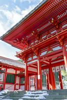 近江神宮楼門 02698000292  写真素材・ストックフォト・画像・イラスト素材 アマナイメージズ