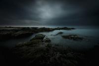 館山市洲崎における波打ち際の幽玄な風景 02702000025| 写真素材・ストックフォト・画像・イラスト素材|アマナイメージズ