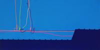 電線と瓦屋根