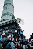 2012年フランス大統領選挙バスティーユ広場 02738000362| 写真素材・ストックフォト・画像・イラスト素材|アマナイメージズ