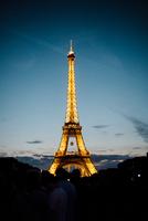パリ祭の日のエッフェル塔
