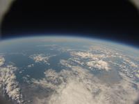 地球と宇宙の境界 札幌上空から日本海側を撮影 北海道北部