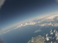 小樽上空 雲を見下ろす 夏の綿雲と海