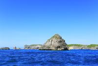 小笠原諸島南島・快晴の空と南島瀬戸の小島