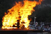 天神祭 船渡御のかがり火
