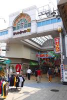 新世界の街並み ジャンジャン横丁の入口付近