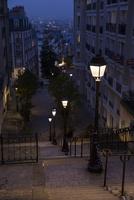 パリ市街の夕暮れ
