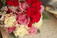 バラとナデシコの小さな花束