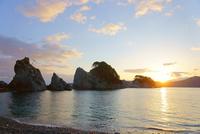 浄土ヶ浜と朝日