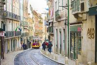 リスボン市内を走る路面電車1