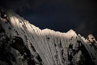 ワイワッシュ山群のヒリシャンカ峰の氷壁