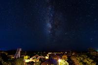 竹富島集落となごみの塔の星景