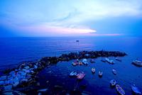 チンクエッテレ リオマッジョーレの夕景 02821000292| 写真素材・ストックフォト・画像・イラスト素材|アマナイメージズ