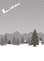 そりに乗ったサンタクロースと雪だるま 07000000518| 写真素材・ストックフォト・画像・イラスト素材|アマナイメージズ