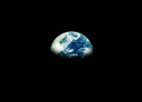 宇宙から見た地球 07000000714  写真素材・ストックフォト・画像・イラスト素材 アマナイメージズ