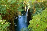 高千穂峡 真名井の滝 07000000846| 写真素材・ストックフォト・画像・イラスト素材|アマナイメージズ