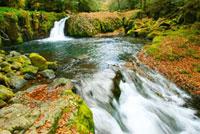 菊池渓谷 黎明の滝 07000000863| 写真素材・ストックフォト・画像・イラスト素材|アマナイメージズ