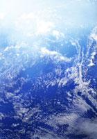 青い地球と白い雲