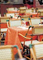 レストランのテーブル 07092000428| 写真素材・ストックフォト・画像・イラスト素材|アマナイメージズ