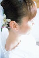 ウェディングドレスの女性アップ 07092000455| 写真素材・ストックフォト・画像・イラスト素材|アマナイメージズ