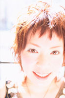 女性アップ 07092002598| 写真素材・ストックフォト・画像・イラスト素材|アマナイメージズ