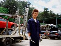 修理工場の男性