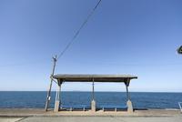愛媛県 下灘駅と青い海