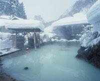 冬の乳頭温泉 秋田県 20005000222| 写真素材・ストックフォト・画像・イラスト素材|アマナイメージズ
