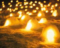 横手かまくら祭り 秋田県 20005000241| 写真素材・ストックフォト・画像・イラスト素材|アマナイメージズ