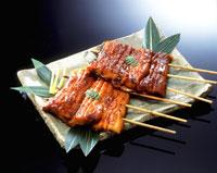 鰻の蒲焼2串