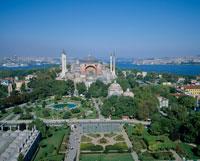 アヤソフィアとイスタンブールの街並み
