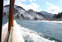 冬の阿賀野川ライン舟下り