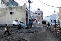 東日本大震災 塩釜 20005009969| 写真素材・ストックフォト・画像・イラスト素材|アマナイメージズ