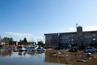東日本大震災 仙台東部道路名取インター付近 20005010033| 写真素材・ストックフォト・画像・イラスト素材|アマナイメージズ