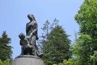勾当台公園の平和祈念像 宮城県