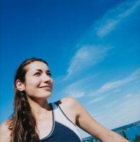 トレーニングウェアの外国人女性