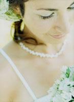 ウェデングドレスの花嫁アップ