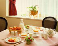朝食 20013000163| 写真素材・ストックフォト・画像・イラスト素材|アマナイメージズ